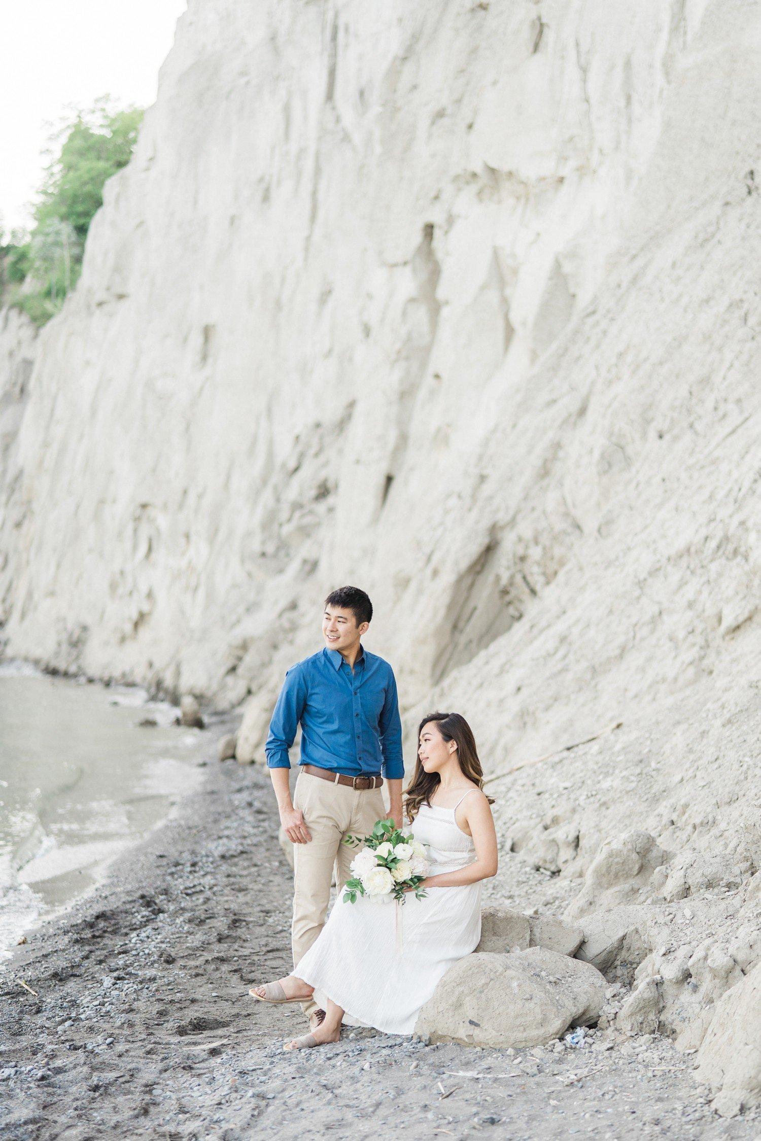 Scarborough_Bluffs_Toronto_Beach_Engagement_Photos