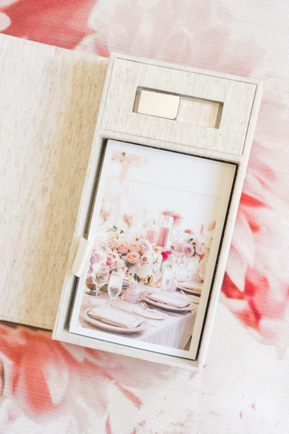 Keepsake_Box_Prints_Four_Seasons_Wedding_Photos