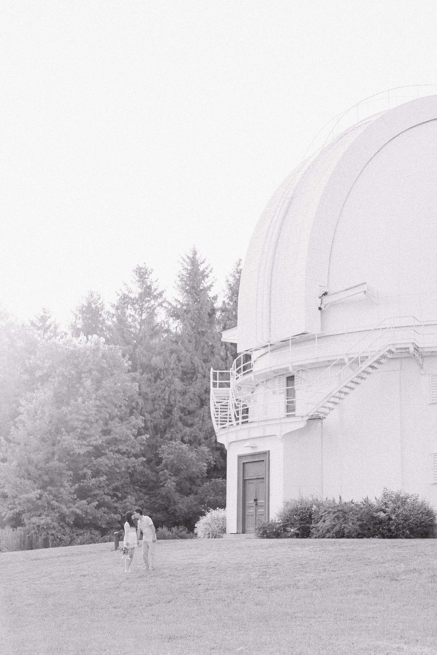 David Dunlop Observatory Toronto Maternity Photos