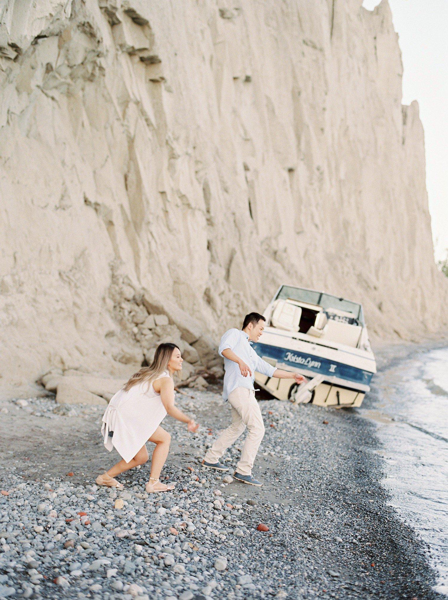 Scarborough_Bluffs_Toronto_Engagement_Photo_Film_California_Miami