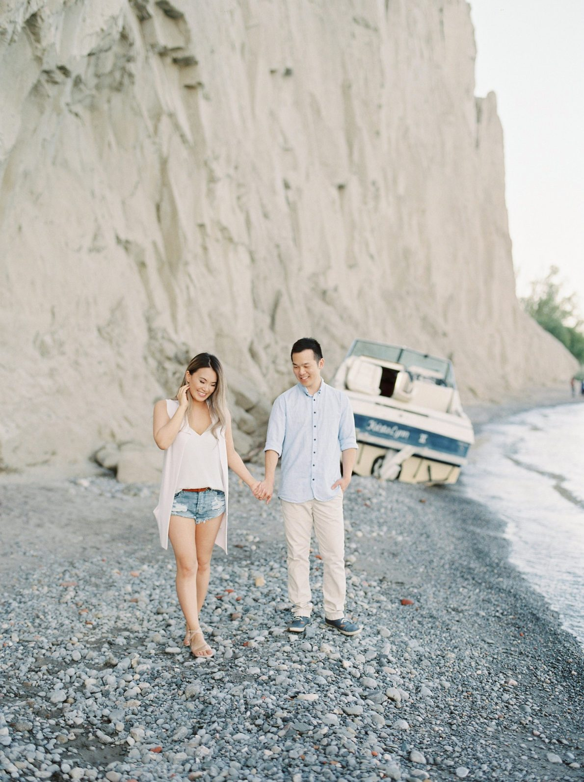 Scarborough_Bluffs_Toronto_Engagement_Photo_Film_California_Miami