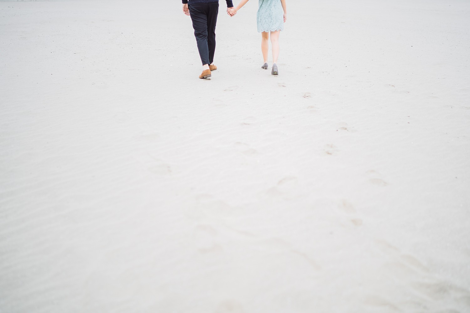 Feet_Scarborough_Bluffs_Beach_Fall_Toronto_Engagement_Photos-Rhythm_Photography