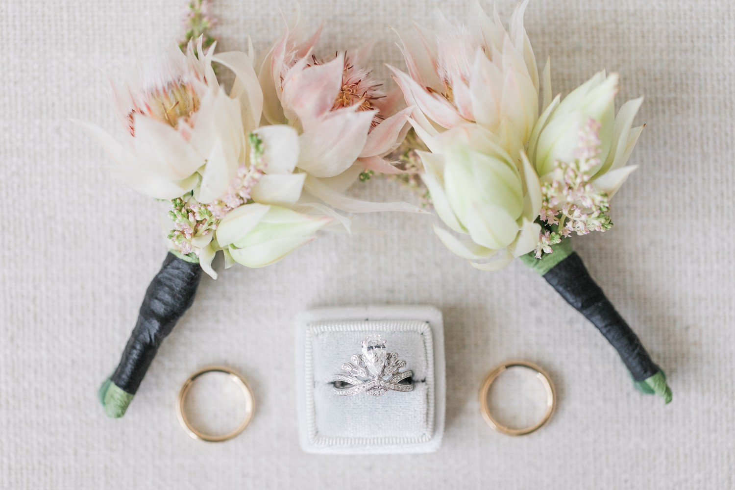 Wedding Rings Luxury Yorkville Vinci Toronto Four Season Wedding Photos with Chinese Bride and Groom
