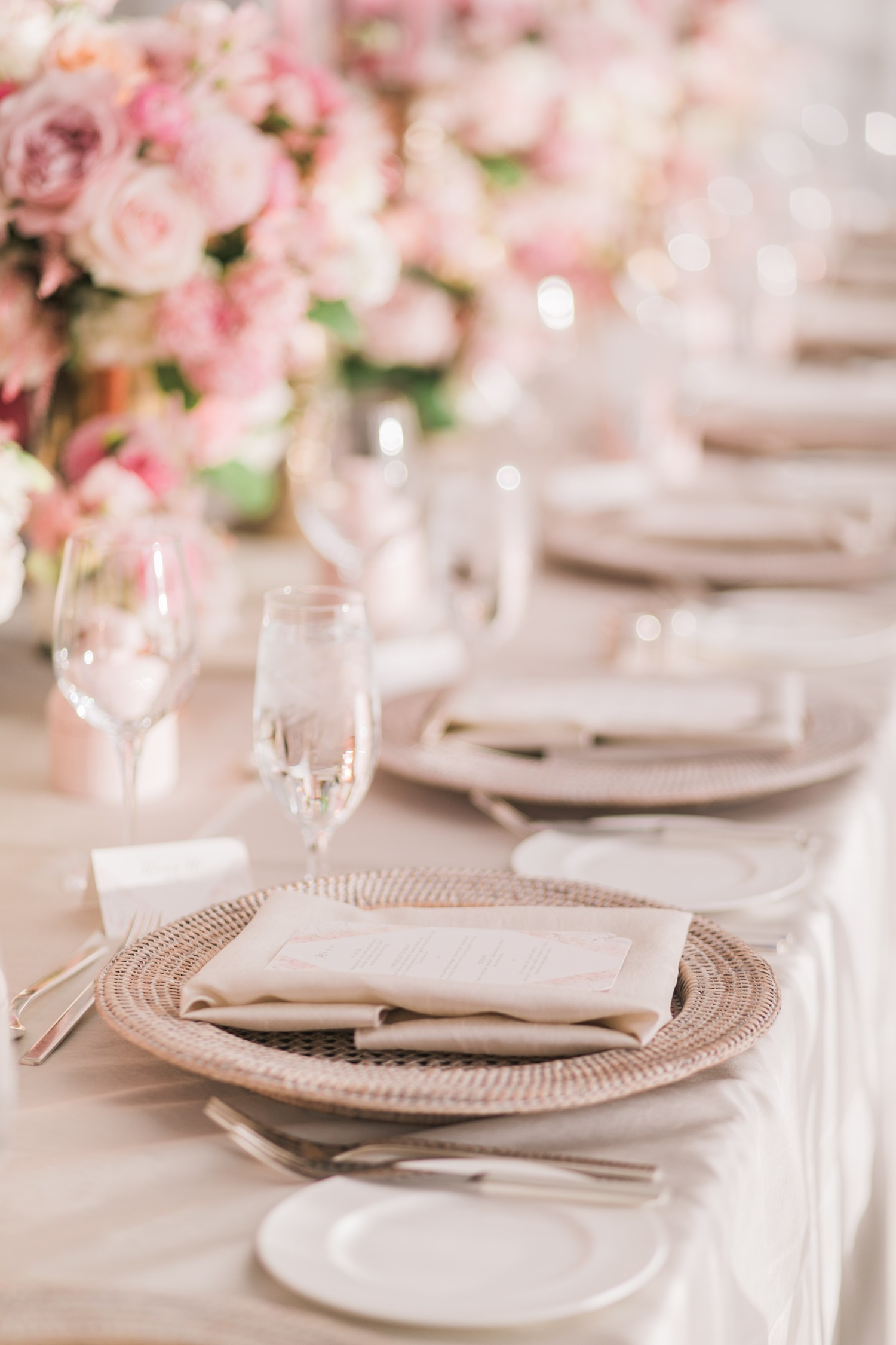 Pink and White Wedding Reception Decor Vinci Room Luxury Yorkville Toronto Four Season Hotel Wedding Photos with Chinese Bride and Groom