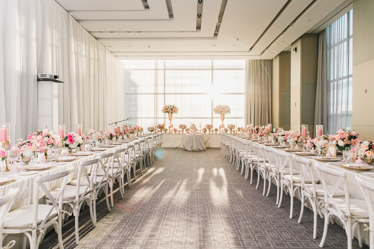 Wedding Reception Decor Vinci Room Luxury Yorkville Toronto Four Season Hotel Wedding Photos with Chinese Bride and Groom