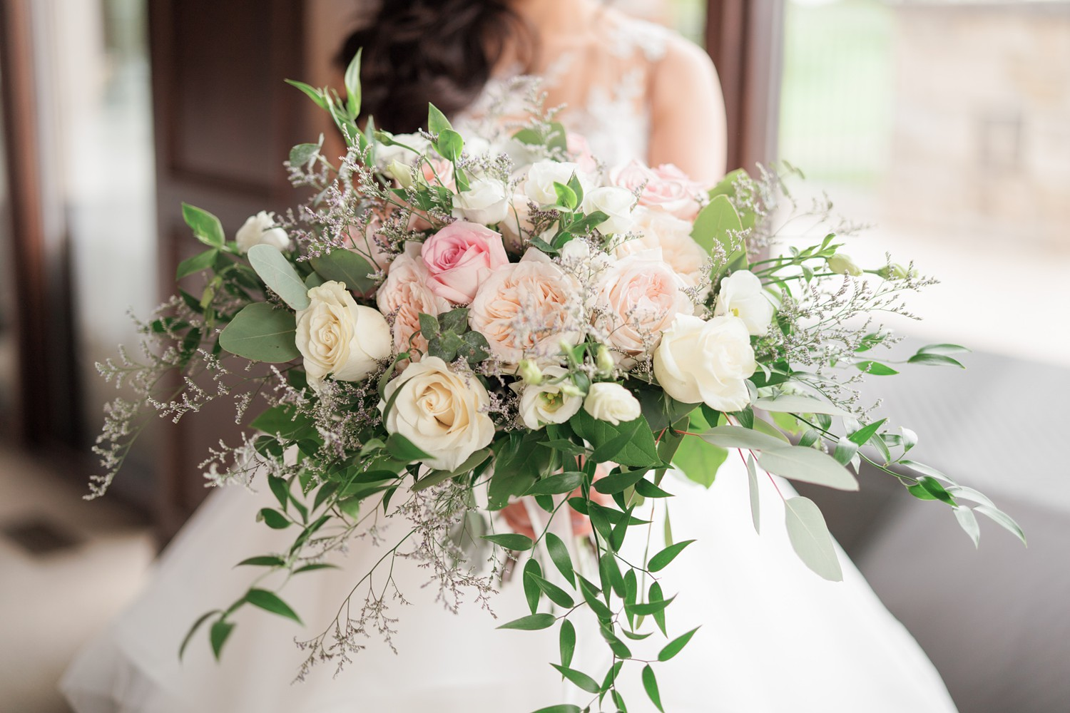 Wedding_Flowers_Eagles_Nest_Golf_Club_Wedding_Photos_Toronto_Wedding_Photographer-Rhythm_Photography