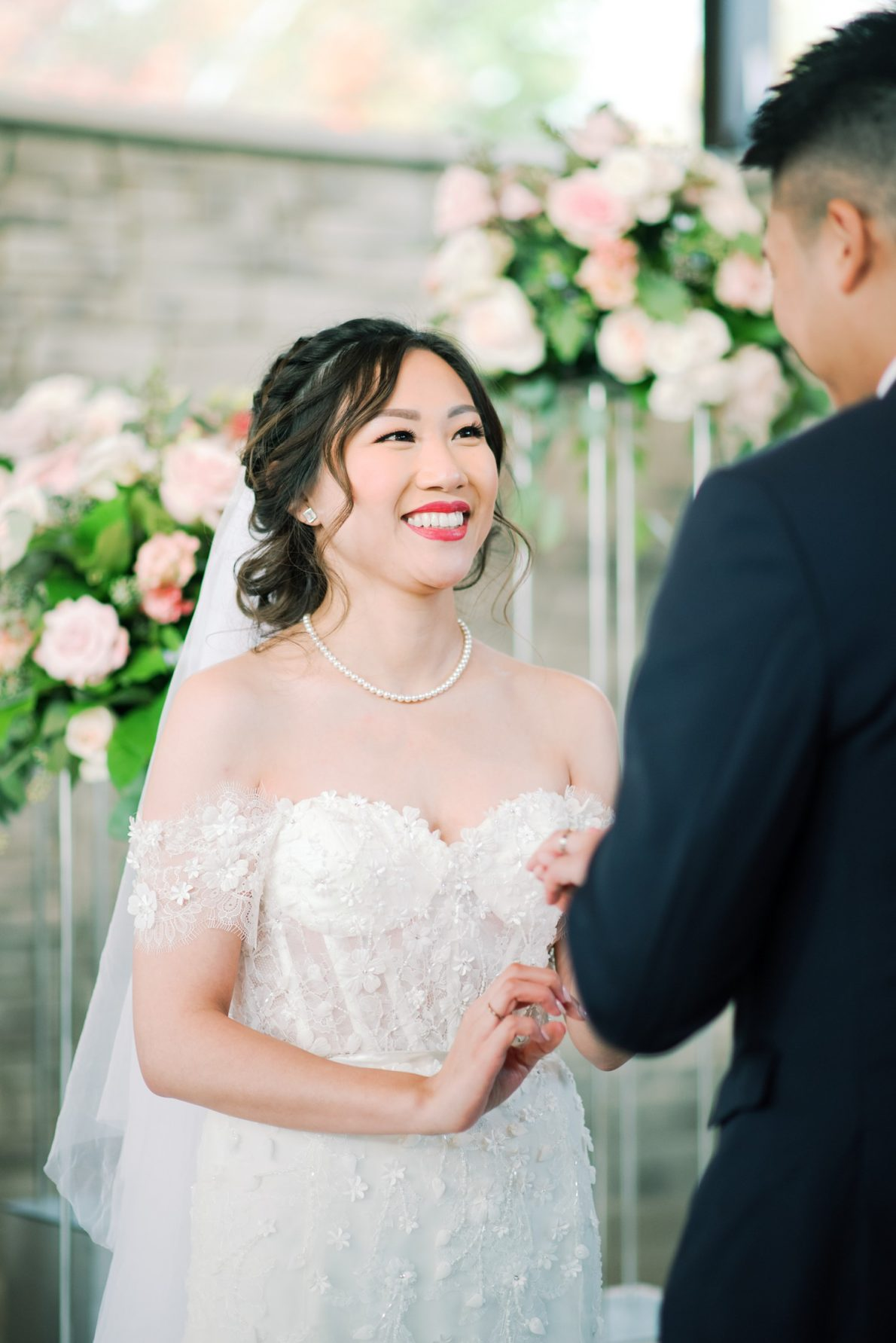 Happy Bride Hong Kong Modern Guild Inn Wedding Photos