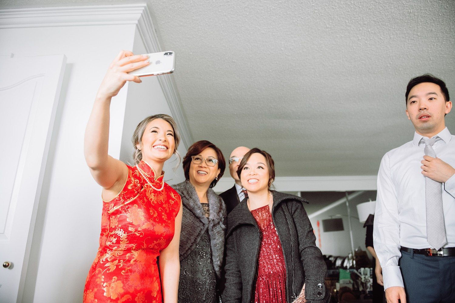 Selfies_Archeo_Distillery_District_Wedding_Photos_Toronto_Destination_Wedding_Photographer-Rhythm_Photography