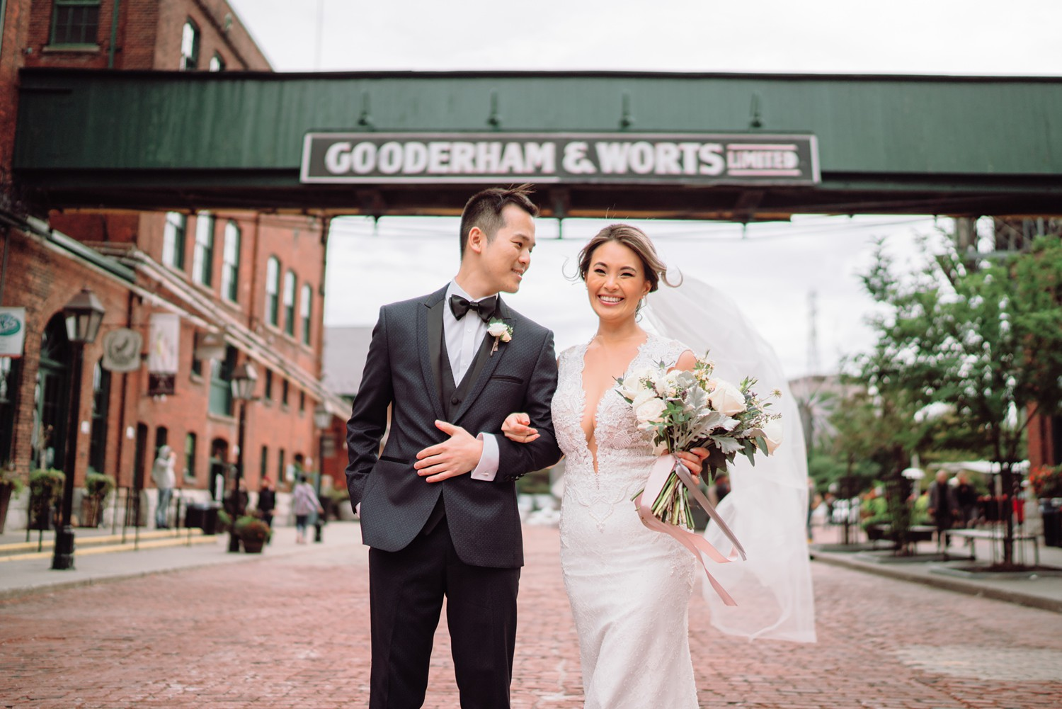 Bride_Groom_Portrait_Archeo_Distillery_District_Wedding_Photos_Toronto_Destination_Wedding_Photographer-Rhythm_Photography