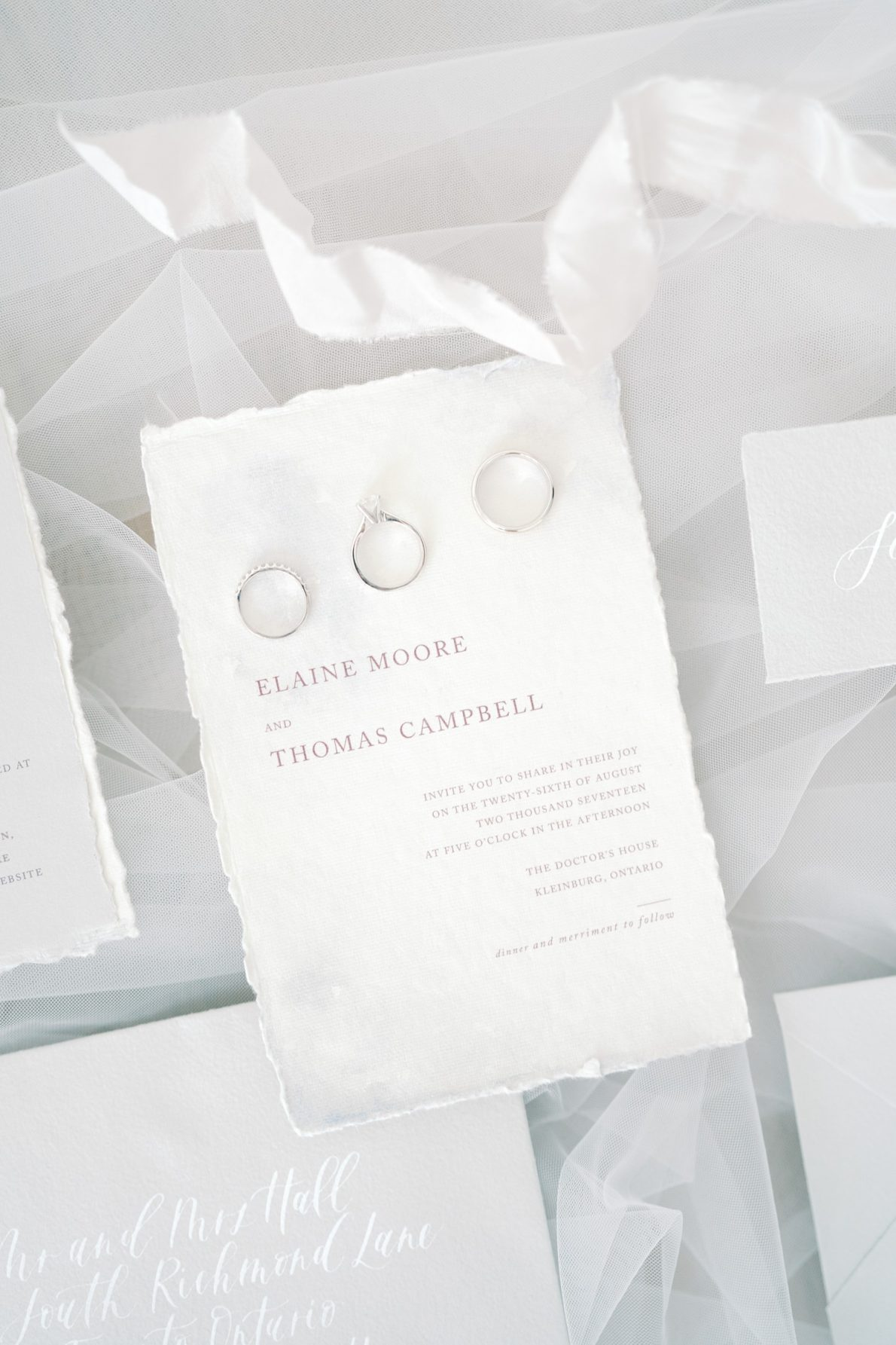 Watercolor_Invitations_Calligraphy-Wedding-Stationary-Ivory_and_Twine-Rhythm_Photography