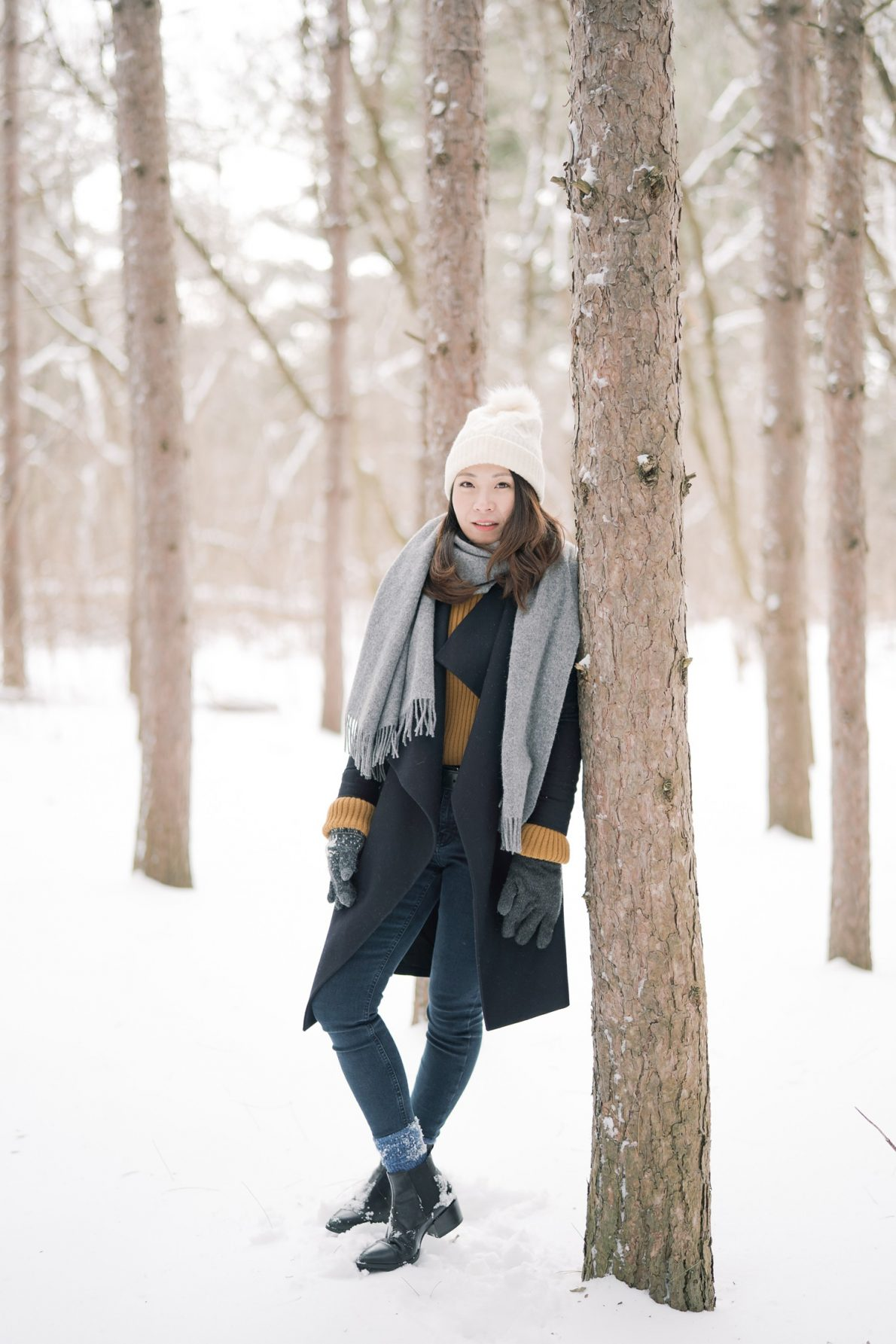 Snow-Kortright_Conservation_Forest_Winter_Toronto_Engagement_Photos-Rhythm_Photography-042