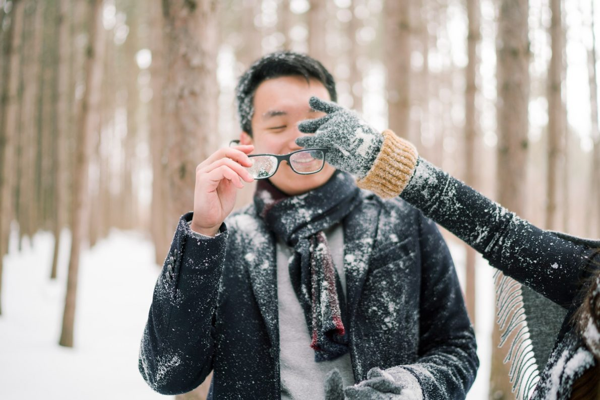 Snowball-fight-Kortright_Conservation_Forest_Winter_Toronto_Engagement_Photos-Rhythm_Photography-042