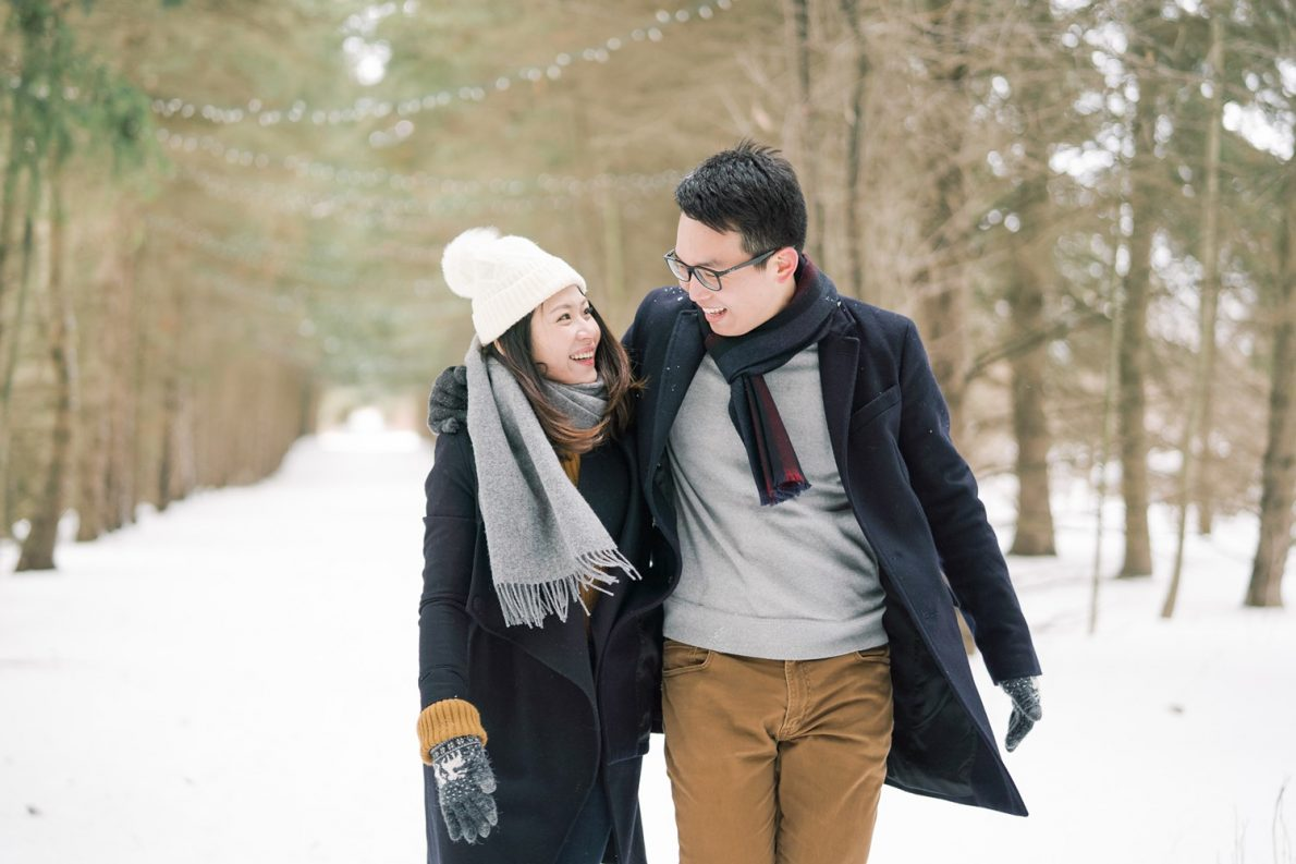 Candid-Kortright_Conservation_Forest_Winter_Toronto_Engagement_Photos-Rhythm_Photography-042