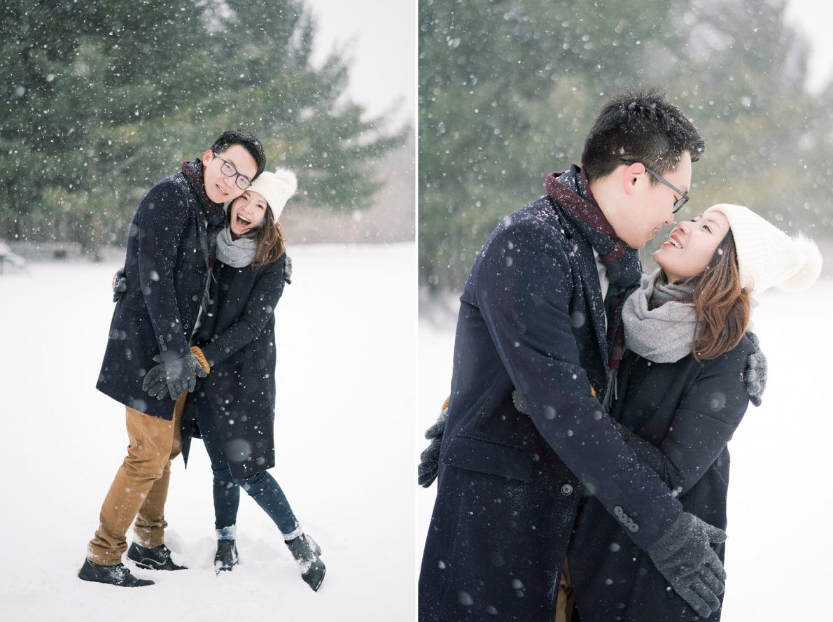 Snowy-romantic-Kortright_Conservation_Forest_Winter_Toronto_Engagement_Photos-Rhythm_Photography-042